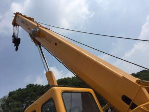Used Chna Made Truck Crane 25t Mobile Crane Qy25k-II pictures & photos