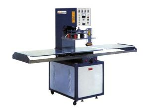 High Frequency Welding Machine for Beach Bag Welding with Ce Approved Plastic Welder pictures & photos