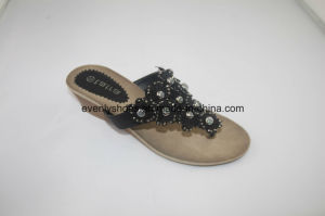 Diamond Printed Women Flip Flop Slippers for Indoor pictures & photos