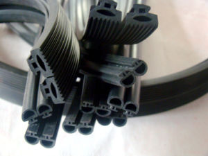 Customized Weathering EPDM Rubber Strip pictures & photos