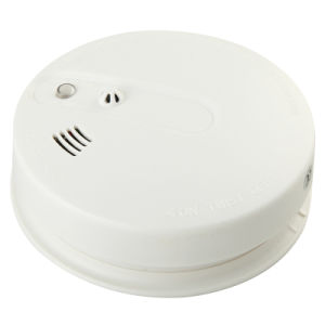 Home Security Smoke Fire Detector with Flash and Sounds pictures & photos