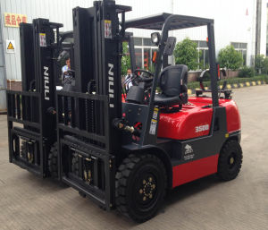 3.5ton Diesel Forklift with CE pictures & photos