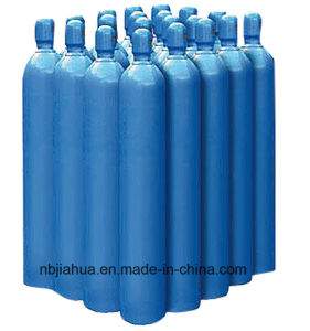 1L to 68L High Pressure Steel Medical Oxygen Tanks pictures & photos