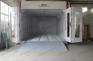 Top Configuration Automotive Spray Painting Booth pictures & photos