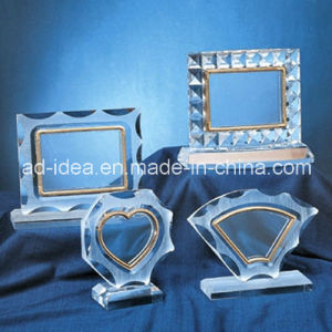 Special Acrylic Display Stand/ Clear Acrylic Photo Frame Exhibition Stand pictures & photos