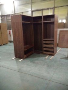 Walnut Solid Wood Wardrobes Closets pictures & photos