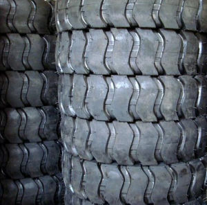 Mini Loader Tyre 12.00-16 14.00-16, OTR Tyres for Earthmover & Excavator pictures & photos
