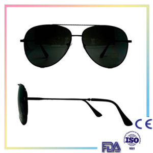 Fashion Colorful Metal Sunglasses for Driving with Polaroid Lense pictures & photos