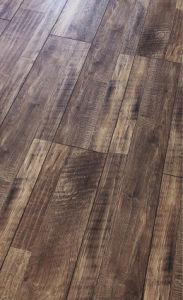 Laminated Flooring Materials Embossed-in-Register (EIR) pictures & photos