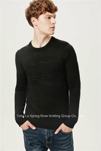 Acrylic Wool Fit Embossing Knit Men Sweater pictures & photos