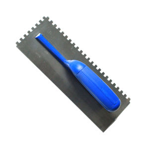 Notched Teeth Plastering Trowel with Plastic Handle pictures & photos