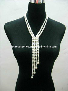 Long Pearl Beads with Shinning Diamond Decoration Fashion Necklace Jewelry (N0101)