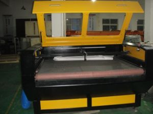 Goldensign Auto Feeding Laser Cutting Machine pictures & photos