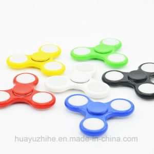 Hand Spinner with LED Light Good Quality Toy pictures & photos