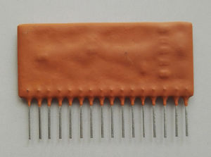93e002 16pins IC for Digging Machine pictures & photos