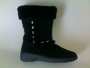 Women′s Half Sheepskin Boot