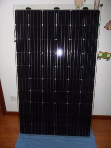 30V 270W BIPV Solar Panel for Sunny Roof pictures & photos