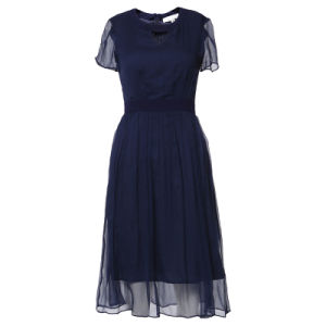 Summer Clothes Women Silk Pleated Dress with Front Triangle Hole pictures & photos