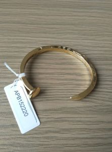 Simple Open Metal Gold Plated Bracelet Fashion Jewelry Best Seller pictures & photos