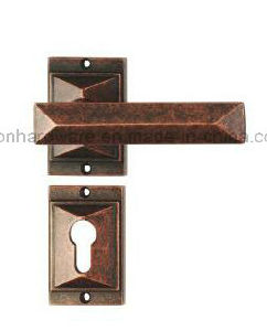 High Quality Solid Brass Door Handle 826 pictures & photos