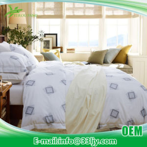 Environmental Luxury Cotton Hospital Printed Bedcover pictures & photos