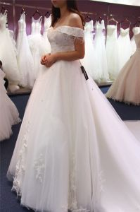 off Shoulder Long Train Bridal Wedding Gowns pictures & photos