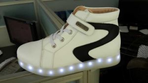 USB Charging Colorful LED Lights Sneakers Casual Flat Shoes(JP-003) pictures & photos