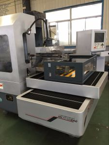 Dk7750zac Big Travel CNC Wire Cutting EDM Machine pictures & photos