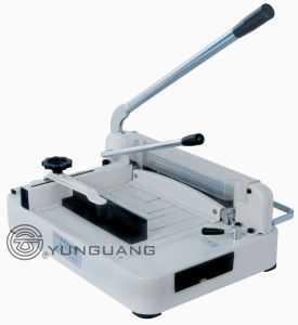 Heavy-Duty Manual Guillotine Desktop Stack Paper Cutter (YG-868 A4/A3) pictures & photos