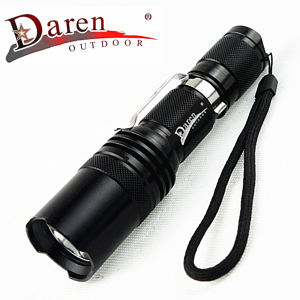 1, 200 Lumens 18650 Rechargeable LED Flashlight with Stainless Steel Clip pictures & photos