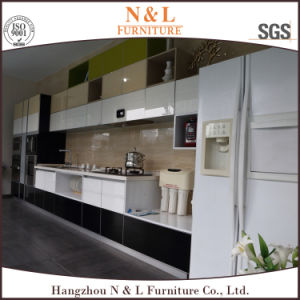 Top Quality High Gloss Lacquer Kitchen Cabinet Doors Designs pictures & photos