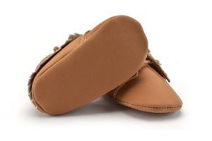 Wholesale Tassel Soft Soles Lace-UPS Infant Shoes Indoor Toddler Baby Shoes pictures & photos