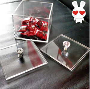 Handmade Mini Cube Acrylic Candy Box with Lid pictures & photos
