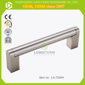 Long Size Stainless Steel Bar Kitchen Cabinet Handles pictures & photos