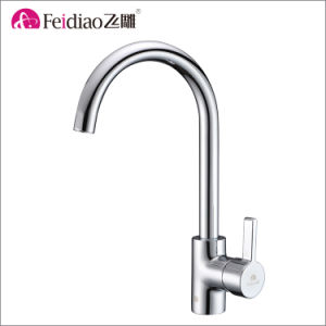 China Factory Direct High Quality Brass Single Handle Kitchen Sink Tap pictures & photos