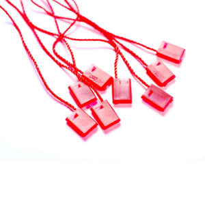 Colorful Plastic Seal String Hang Tag for Garment Packing (DL58-1) pictures & photos