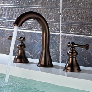Three-Hole Deck Mounted Bathroom Basin Sink Mixer pictures & photos