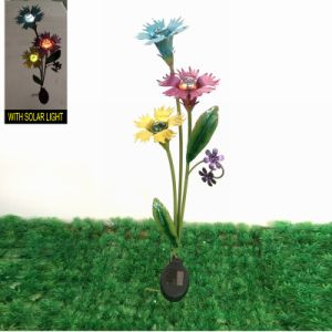 Garden Decoration Metal Bright Colored Flower Solar Light Stake Craft pictures & photos