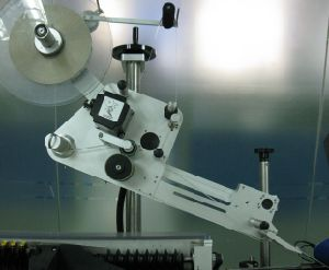 Non-Stop Dual-Head Stand Alone Labeling Machine/Labeler pictures & photos