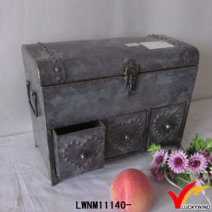 Industrial Vintage Metal Tin Trunk with Lock pictures & photos