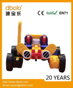 Unique Design Deformable Building Block Racing Car for Wholesale pictures & photos