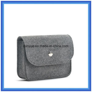 Customized Wool Felt Small Storage Cosmetic Hand Bag, Simple Design Promotion Gift Packing Bag with Button pictures & photos