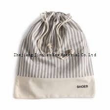 High Quality PP Spunbond Nonwoven Fabric Shoe Bag pictures & photos