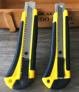 Safety Retractable Utility Knife pictures & photos