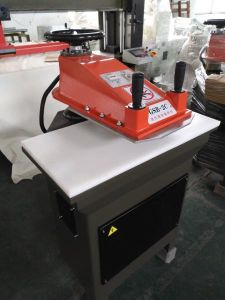 Leather Hydraulic Swing Arm Die Cutting Press Machine pictures & photos