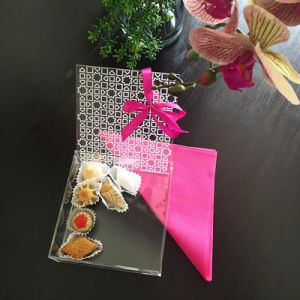 Hot Sale Clear Acrylic Candy / Food Display Box for Wedding pictures & photos
