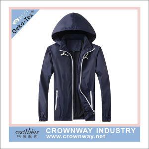Men Polyester Light Weight Waterproof Jacket Outdoor Windbreaker pictures & photos
