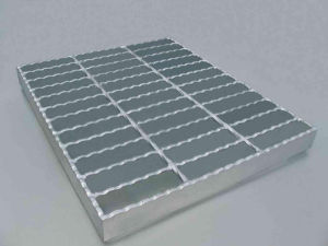 Serrated Shape Galvanized Steel Grating for Parking Lot pictures & photos