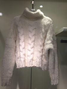 Lady′s Turtle Neck Sweater Pullover Wiith Real Wool