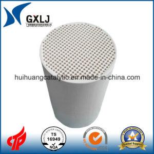 Honeycomb Ceramic Substrate of Catalytic Converter Cordierite Ceramic Honeycomb pictures & photos